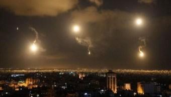 Defensa antiaérea siria intercepta misiles israelíes