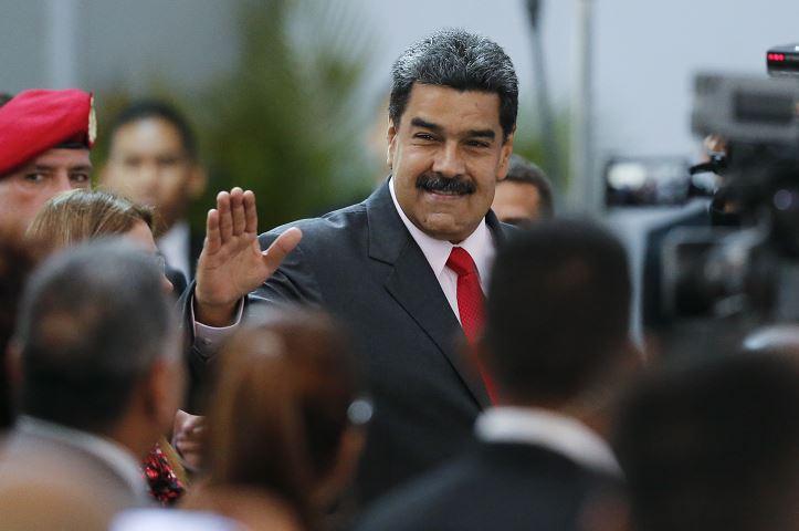 Maduro advirtió que en Colombia preparan un