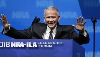 Oliver North, elegido presidente de la Asociación Nacional del Rifle