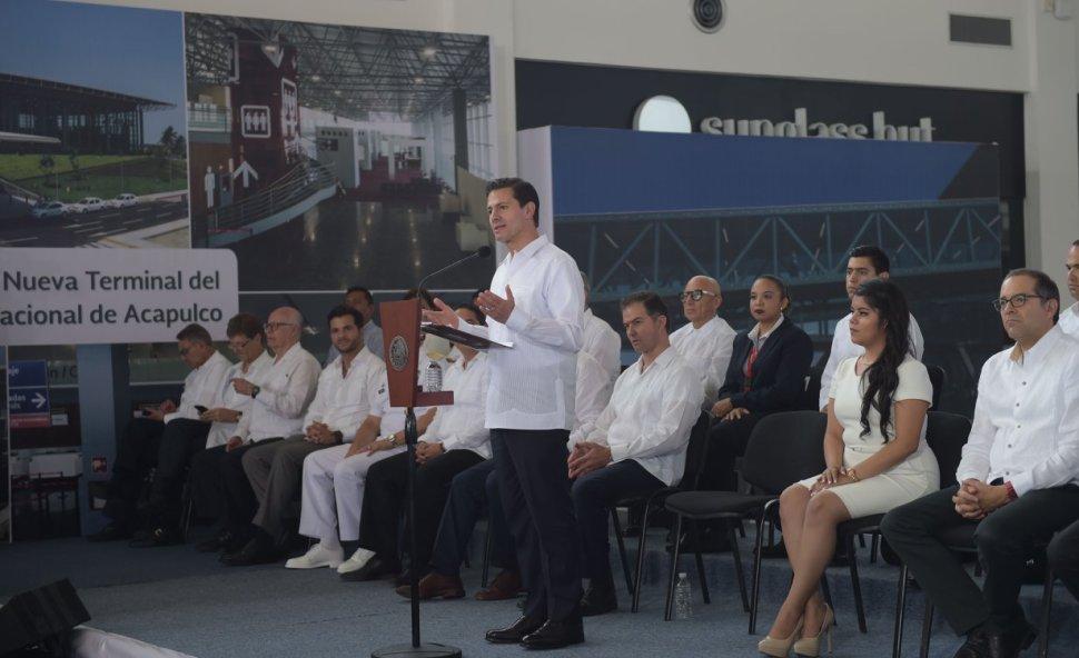 EPN inaugura terminal aérea en Acapulco, Guerrero