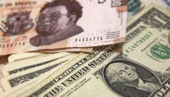 Datos económicos de EU benefician al mercado cambiario