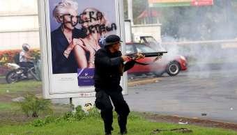 Policía Nacional ataca periodistas estudiantes Nicaragua