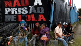 Lula cumple un mes de prisión con altos índices de popularidad
