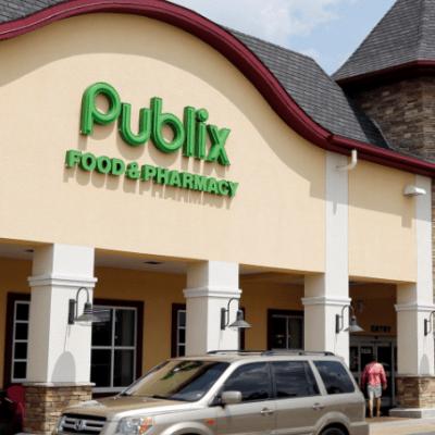 Víctimas de Parkland apoyan boicot a supermercado por financiar a candidato afín a NRA