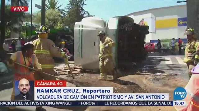 Vuelca Camión De Basura Patriotismo San Antonio