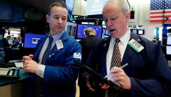 Wall Street abre a la baja y Dow Jones desciende