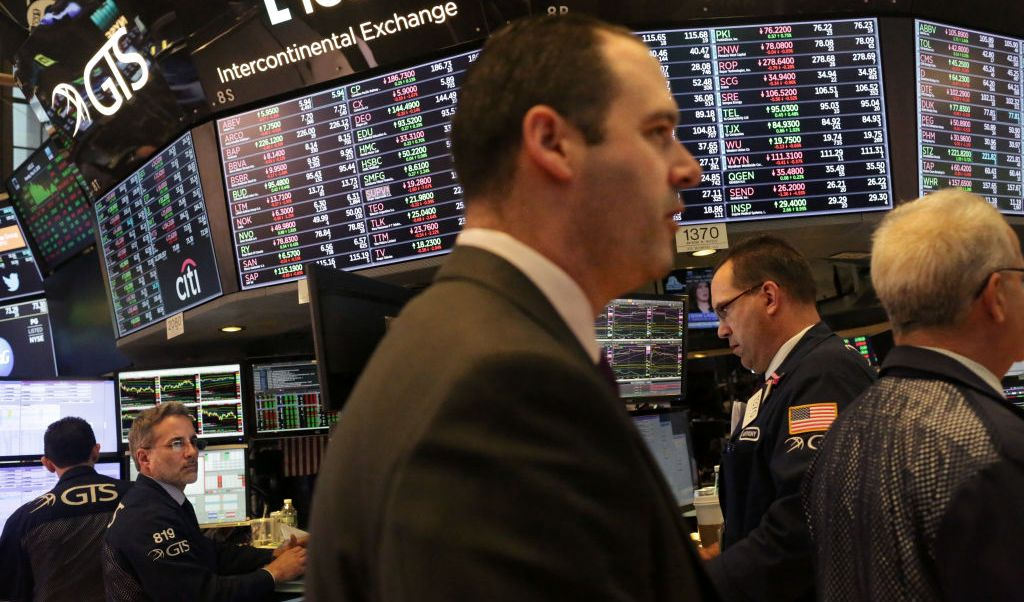 Wall Street cierra ganancias y Dow Jones avanza