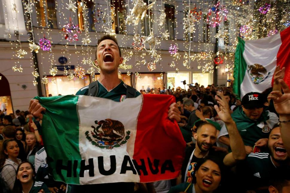 festejan triunfo mexico alemania mundial futbol