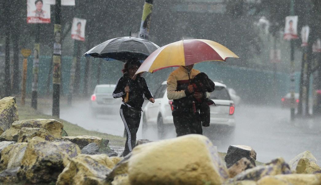 Prevén fuertes lluvias y rachas de viento en CDMX