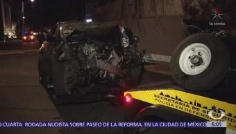 Abandonan camioneta del Gobierno de la CDMX tras chocar