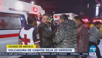 Vuelca Camión Pasajeros Carretera México-Toluca 20 Heridos