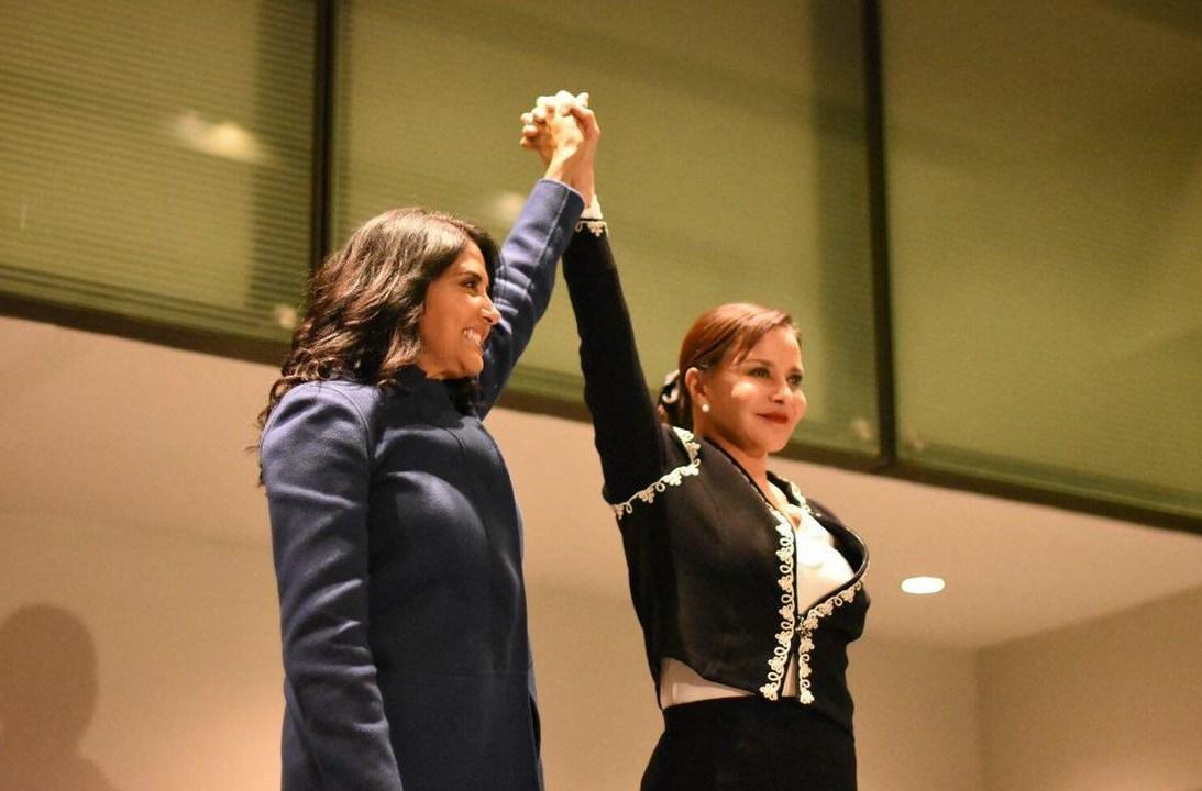 Carpinteyro pide que voten por Barrales, pero no declina