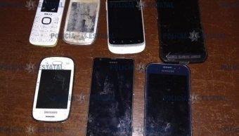 Encuentran drogas y celulares en el penal de Santiaguito, Edomex