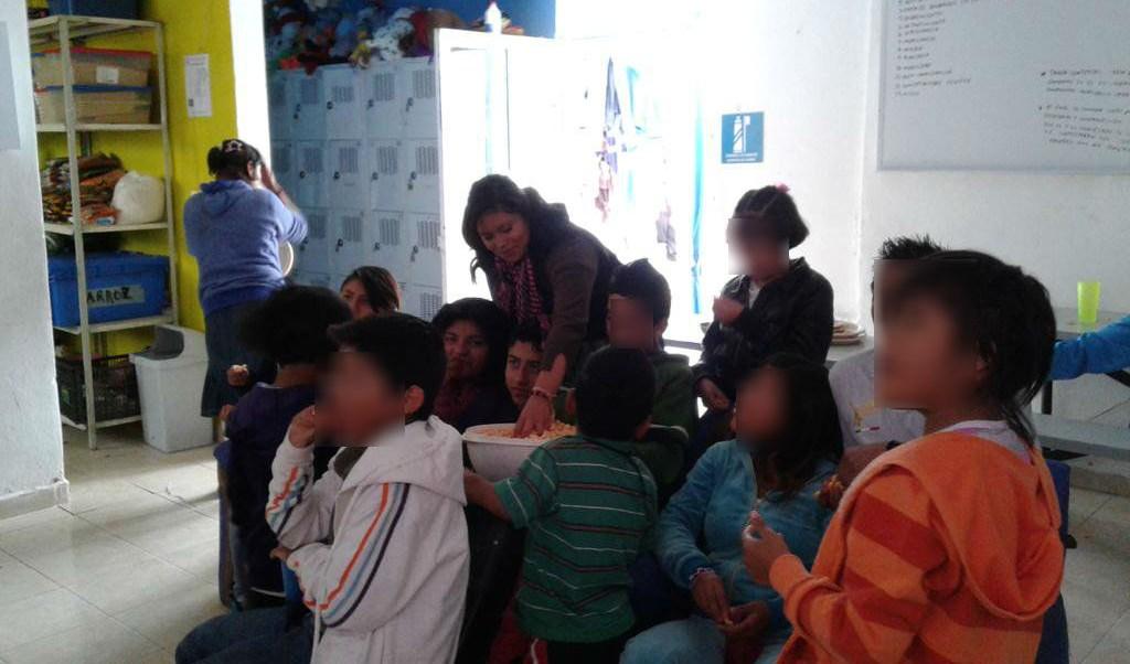 Edomex publica ley que agiliza adopción de menores