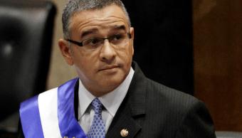 Justicia salvadorena ordena captura de expresidente Funes