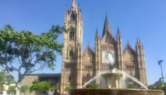 Exhortan a extremar precauciones por ola de calor en Jalisco