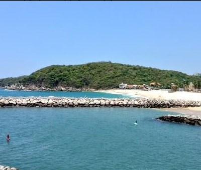 Realizan limpieza de playas en Oaxaca ante arribo de turistas