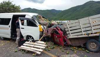 accidente automovilistico carretera tlapa puebla deja muerto y nueve heridos
