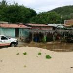 Habilitan 35 refugios temporales por lluvias en Michoacán