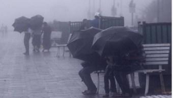 Reportan lluvias en inundaciones en Michoacán por Carlotta