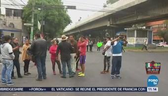 Manifestantes bloquean avenida Congreso de la Unión, CDMX