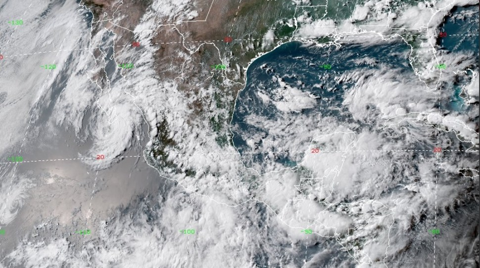 Diversos fenómenos meteorológicos provocan lluvias en país