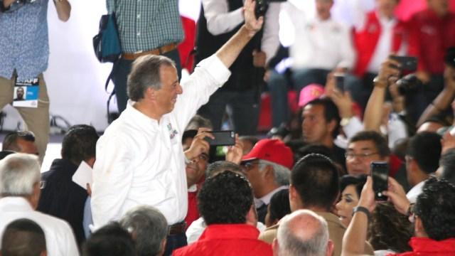 Meade: Contienda no debe permitir triunfo del populismo