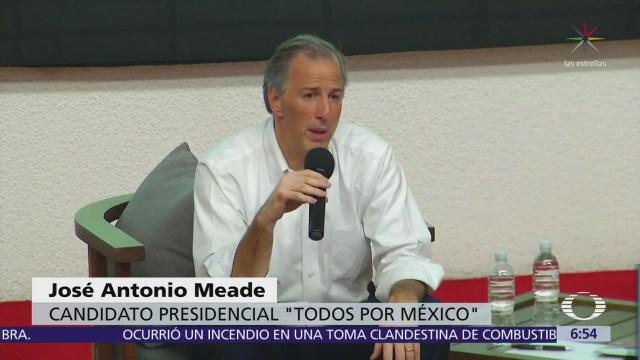 Meade se reúne con jóvenes universitarios de la Anáhuac