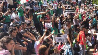 Celebran en todo el país triunfo de México frente a Corea