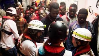 España permitirá desembarcar 629 migrantes barco 'Aquarius'