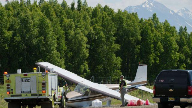 Muere persona Alaska chocar dos aviones pleno vuelo