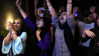 Irán autoriza a mujeres ver partido contra España en estadio Azadí