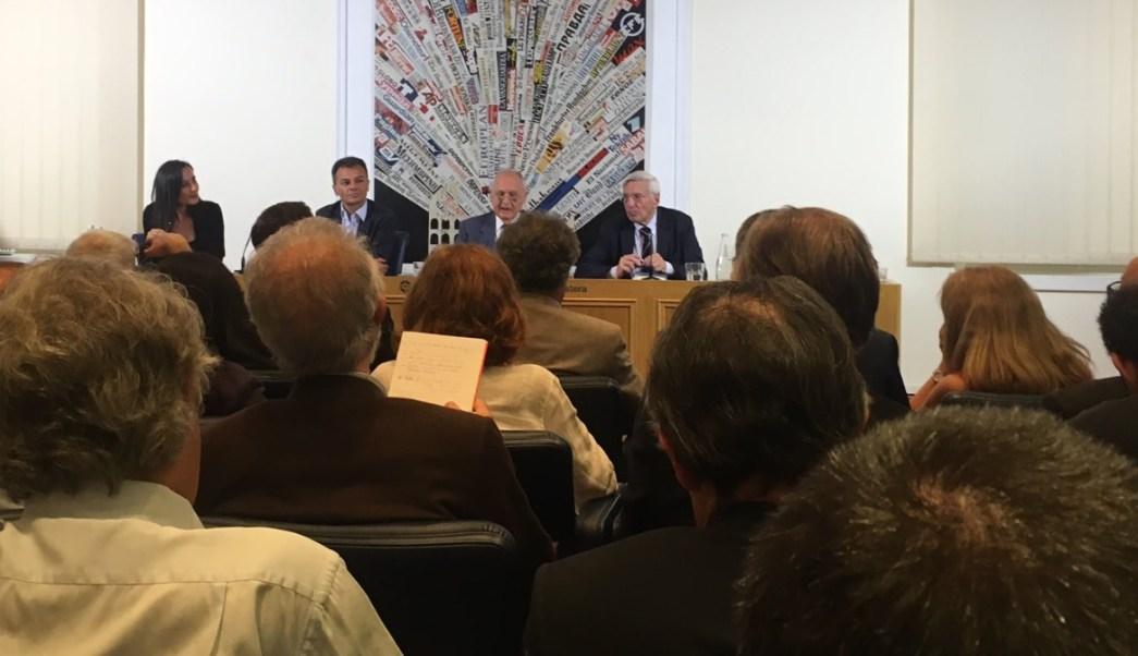 Niega nuevo ministro de Economía de Italia promover abandono del euro