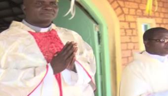 Suspenden Cura Que Predicaba Con Rap, Cura Predicaba Rap, Iglesia Kenia, Paul Ogal, Rap, Kenia