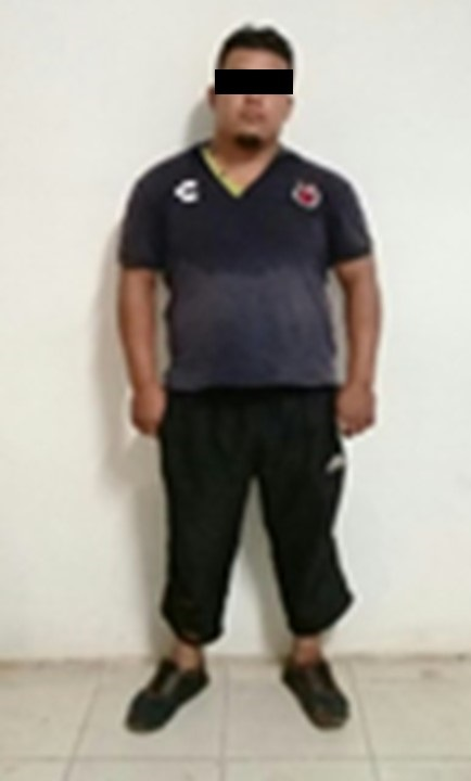Policía de Oaxaca detiene a hombre con 2 mil litros de hidrocarburo