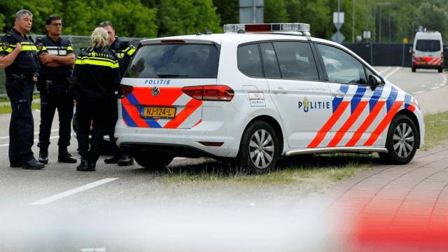 Un muerto por embestida de camioneta en Holanda