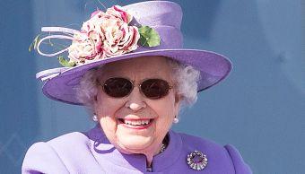 Reina Isabel II operación de cataratas en mayo
