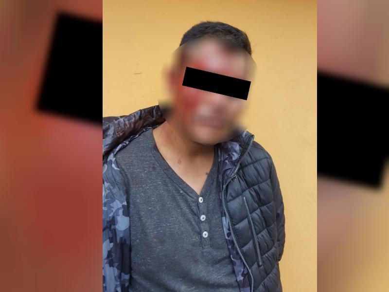 Rescatan de linchamiento a presunto asaltante en Iztapalapa