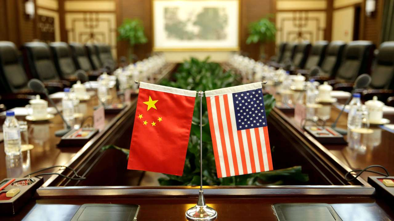 Trump impone aranceles a China por 50 mil mdd