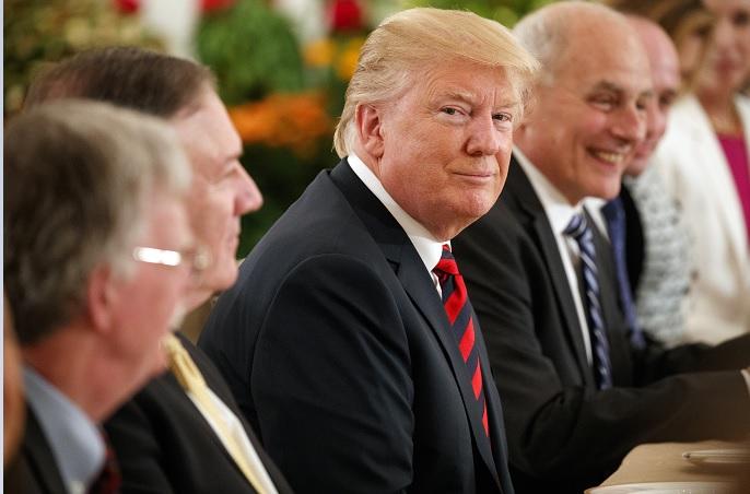 Trump rechaza críticas previo reunirse Kim Jong un