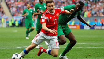 Mujer embarazada se emociona por gol de Rusia y adelanta parto