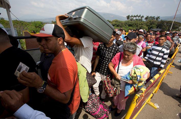 Un millón de personas migró Venezuela a Colombia