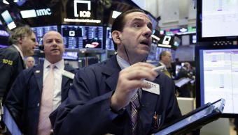 Wall Street a la baja tras imposición de aranceles a China