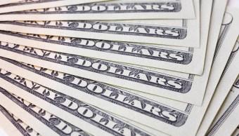 Dólar retrocede, se vende hasta en 19.20 pesos en sucursales