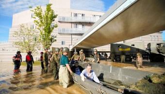 Japón lucha contra reloj para rescatar víctimas de lluvias