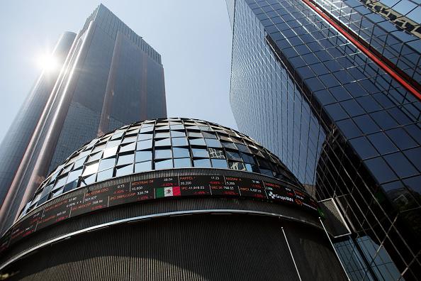 Abre al alza Bolsa Mexicana de Valores, IPC avanza 0.27%