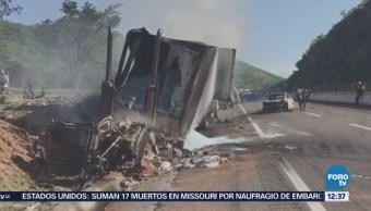 Abren carril para permitir circulación autopista Cuernavaca