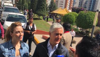 Alfredo del Mazo vota en Huixquilucan, Edomex