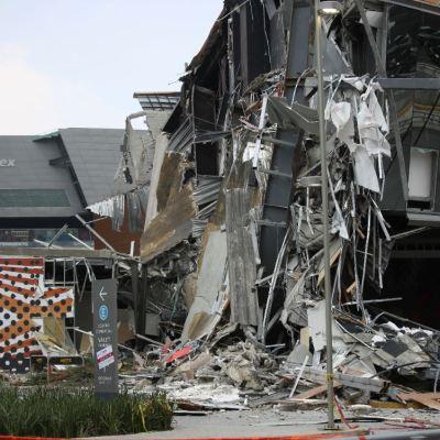 Derrumbe en Artz Pedregal fue por error de cálculo estructural, según peritajes