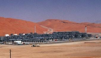Aumentan precios del petróleo, Brent a 74.83 dólares
